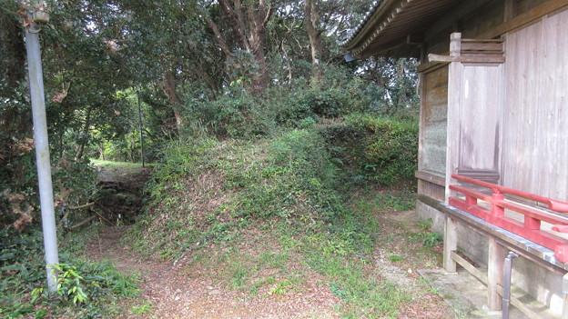 高天神城(掛川市)西の丸土塁