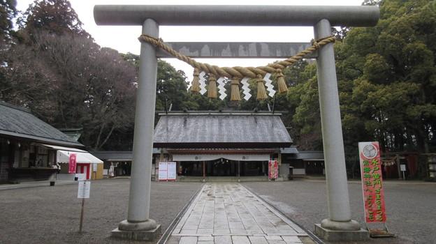 常盤神社(水戸市)二の鳥居・拝殿