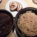 黒胡麻つけ麺(並)780円...