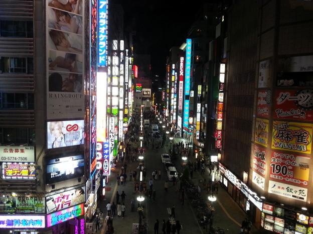眠らない 歌舞伎町