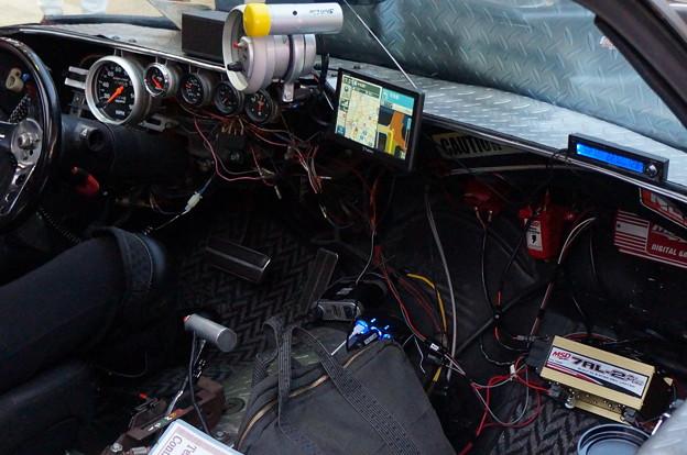 バットモービル 車内凄い改造 よく車検取れたなw