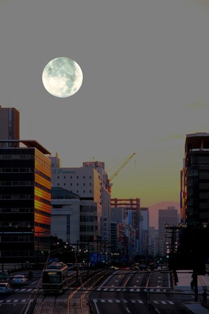 ~蒼い月~♪