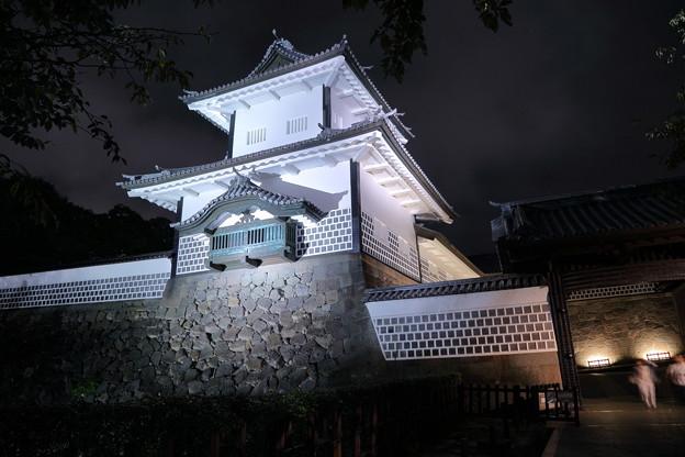 秋の石川門 ライトアップ