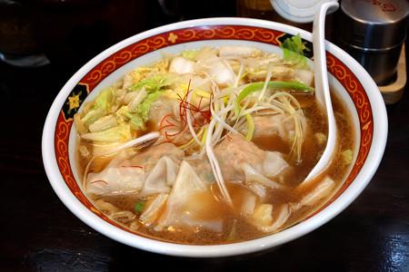 わんたん醤油太麺