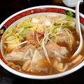 写真: わんたん醤油太麺