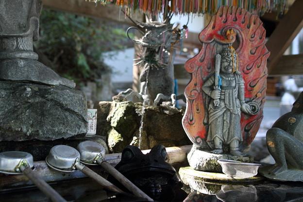 かえる寺 手水舎