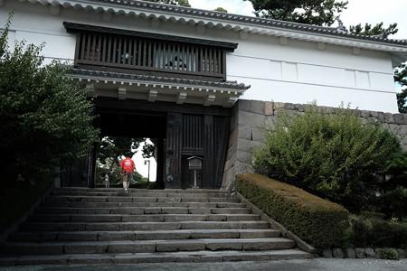 12小田原城_本丸_常盤木門-1979