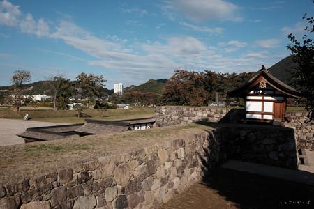 松代城_戊亥隅櫓から北不明門を見る-2399