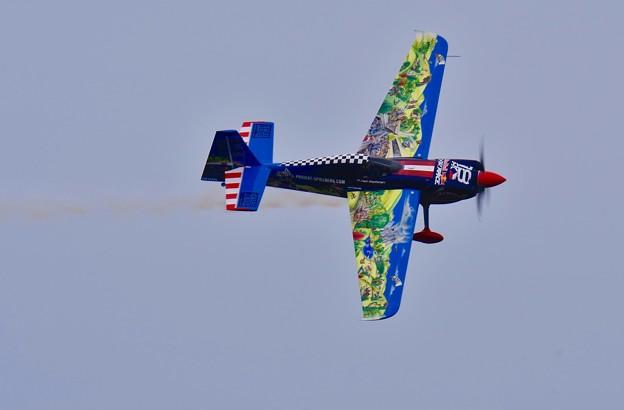 レッドブルエアレースマスターズクラス めっちゃカラフルな機体。。TEAM シュピールベルク 20160605