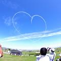 航空ページェント。。丘珠の青い空へハート。。