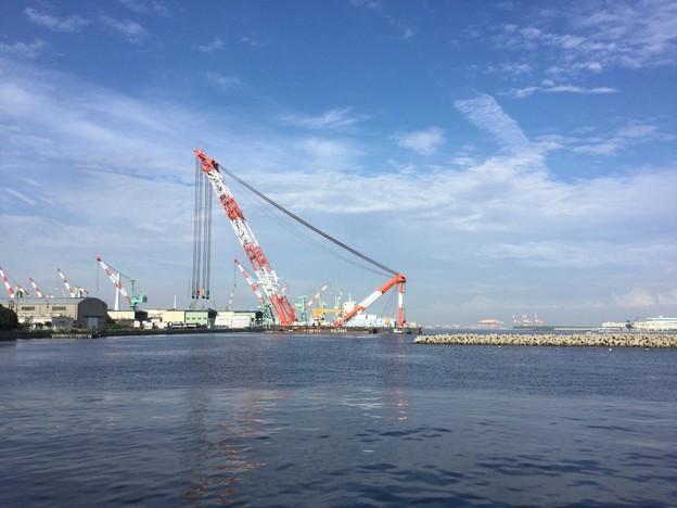 撮って出し。。サルベージ船。。横浜 9月25日