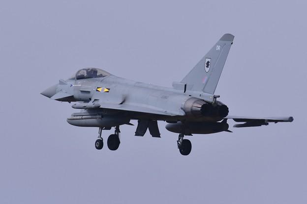 三沢基地にアプローチ。。イギリス空軍タイフーン。。20161024