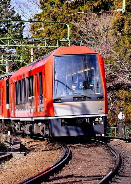 箱根登山鉄道 強羅へ向かう3000形アレグラ号。。20170129