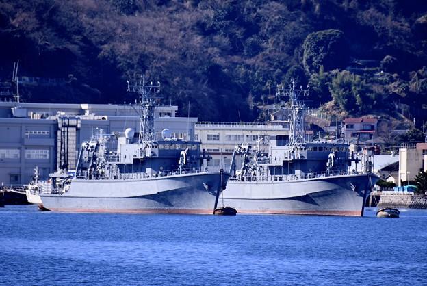 軍港めぐりに乗って見る長浦港 スクラップ待ちの元掃海艦やえやま、つしま。。20170212