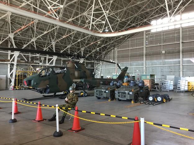 木更津航空祭。。未使用ヘリコプター部品庫。。