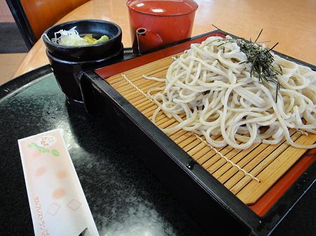石挽き手打ち蕎麦(道の駅・どまんなかたぬま【栃木】)