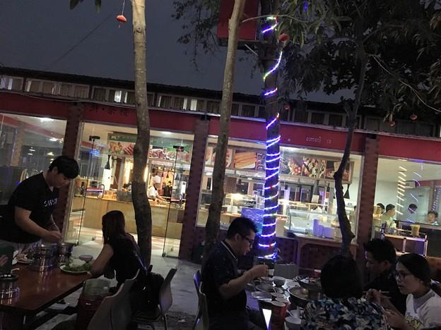 ヤンゴン 四川火鍋って四川っぽくないぞななんちゃってな高級?レストラン(笑) (4)
