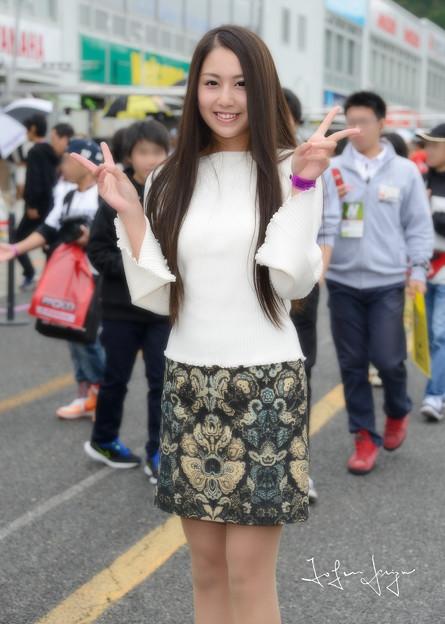 写真: 上田真実土曜日ニーアップ