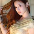 写真: 益田杏奈髪流し
