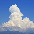 写真: 夏の雲・・・男の人の横顔に似た雲