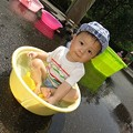 Photos: ジュニア たらい 水遊び