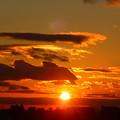 夕焼けに染まる空