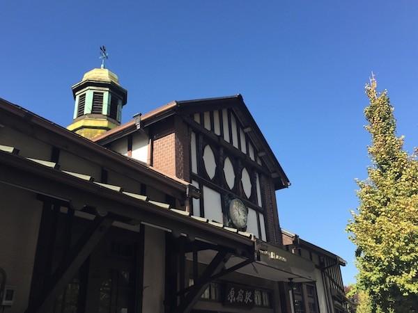 歴史ある原宿駅の駅舎に存続問題があるとのこと