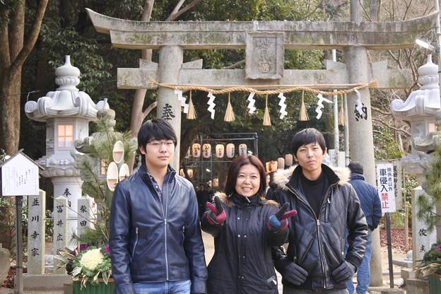 いつもの神社に家族4人揃って初詣