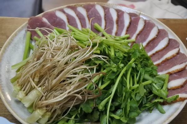 仙台名物のせり鍋