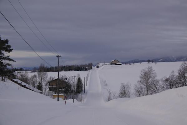 ジェットコースターの道の冬景色