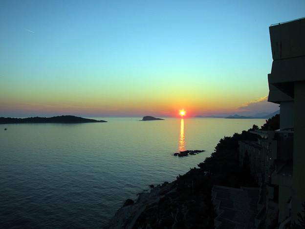 Photos: アドリア海に沈む最終日の夕日