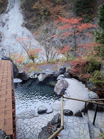 28 11 長野 坂巻温泉の紅葉