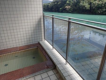 28 10 徳島 もみじ川温泉 6