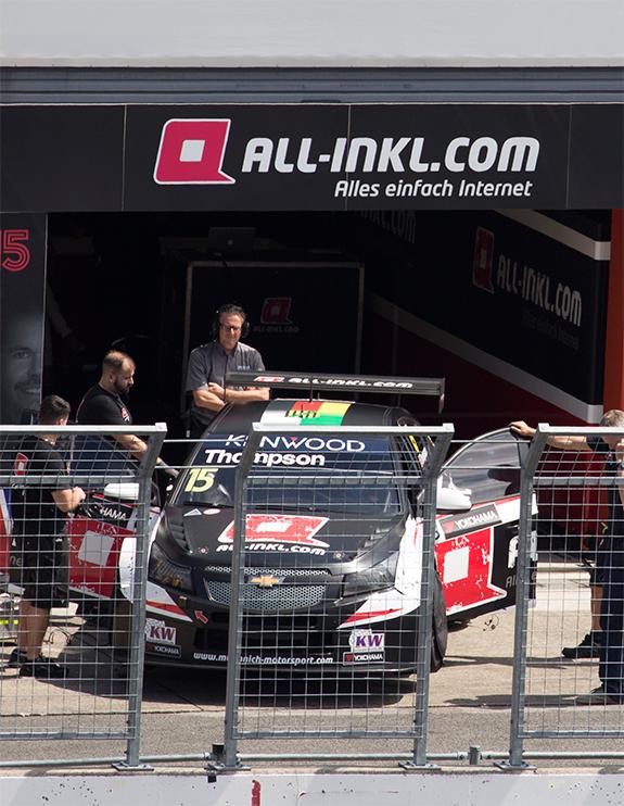 シボレー RML クルーズ TC1(Chevrolet RML Cruze) ALL-INKL.COM ミューニッヒ・モータースポーツ(ALL-INKL.COM Muennich Motorsport), #15 ジェームス・トンプソン(James Thompson)