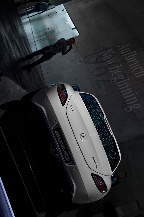 メルセデス・ベンツ SLS AMG Electric Drive (エレクトリック・ドライブ)