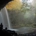 写真: 朝靄の鍋ヶ滝♪3