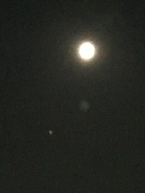 月と火星?