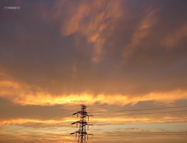 鉄塔と夕焼け空
