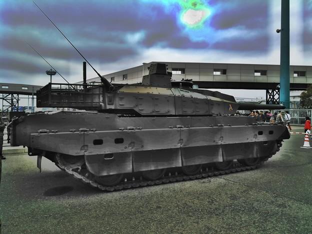 Photos: 10式戦車 3
