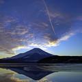 写真: 夕焼雲踊る